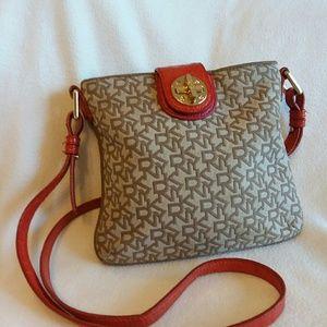 3faf7f1e66d Dkny Bags - DKNY Chic Crossbody Handbag